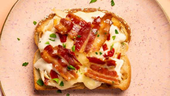 Hot Brown Sandwich Recipe Image